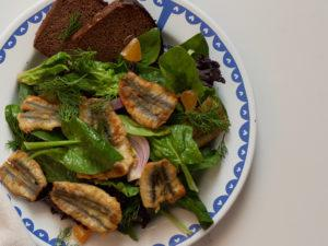 CRUNCHY ANCHOVIES WITH SPINACH SALAD